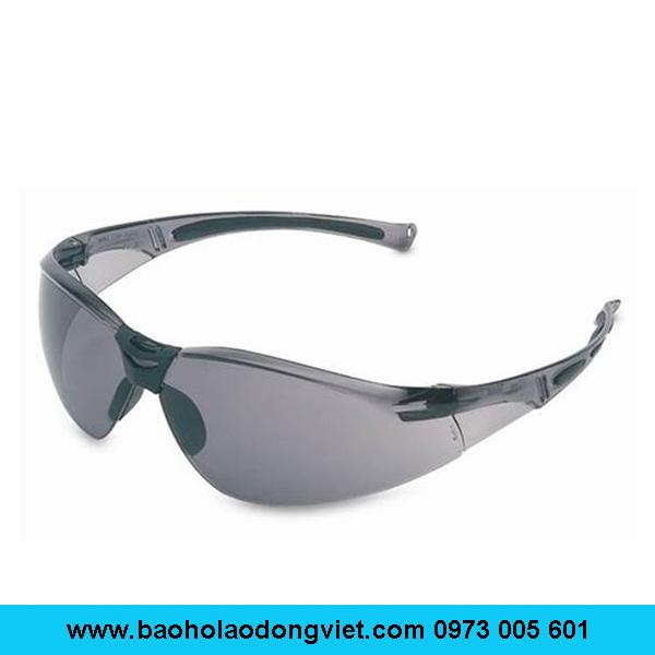 Kính bảo hộ Honeywell A800 màu đen, kính bảo hộ A800, Kính bảo hộ Honeywell A800,Kính bảo hộ A800 màu đen,Kính Honeywell A800 màu đen, kính chống bụi A800, kính chống tia uv A800